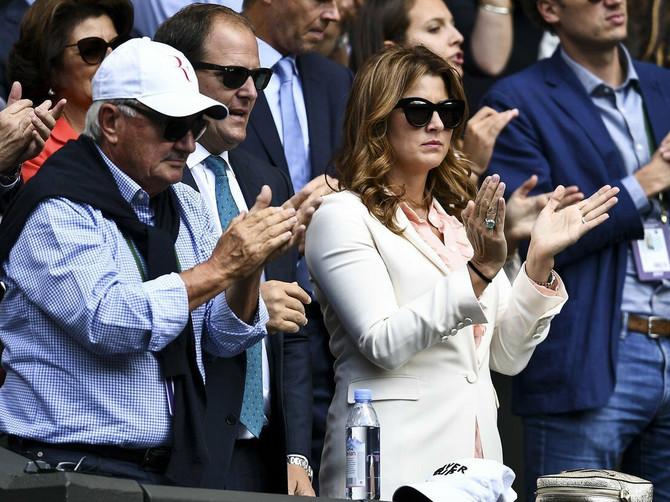 Evo šta Tviteraši kažu o Mirki i njenoj haljini: Gospođa Federer HIT NA DRUŠTVENOJ MREŽI i neće se na ovome završiti