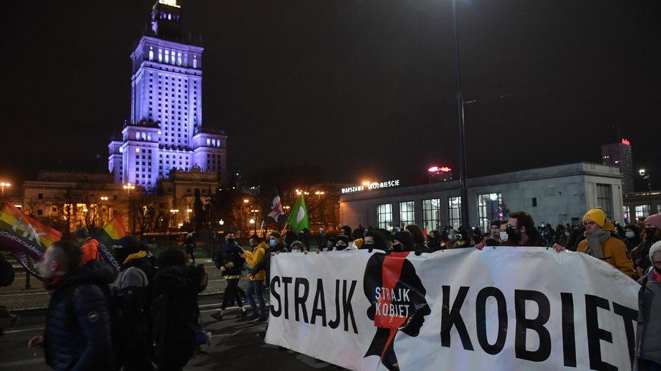 Protest przeciwko zakazowi aborcji w Warszawie