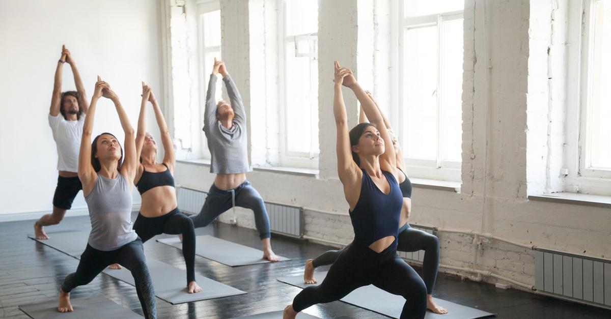 Joga pomaga w walce z impotencją. – Sprawdzone sposoby na utrzymanie męskiej witalności