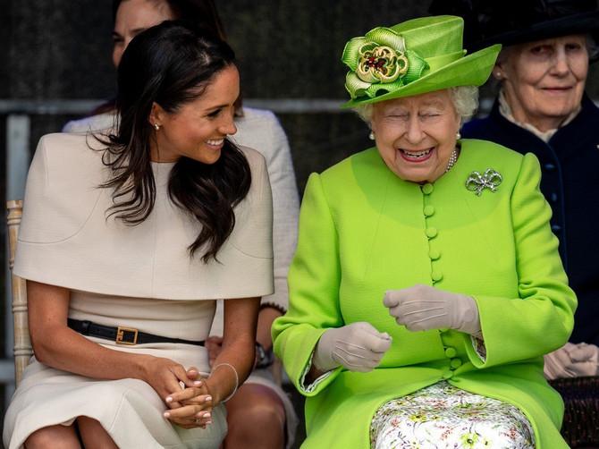 Retki su shvatili šta ovo druženje Megan i kraljice ZAISTA ZNAČI: Evo šta se krije iza svega