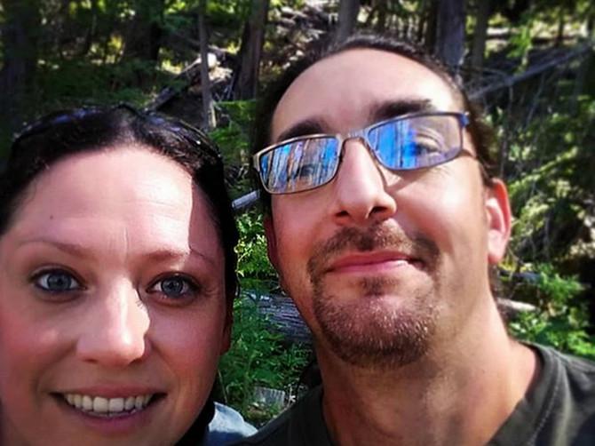 On je bio oženjen, a ja udata: Družili smo se 16 godina a onda smo se POGLEDALI i - rasturili svoje brakove. Evo KAKO DANAS ŽIVIMO