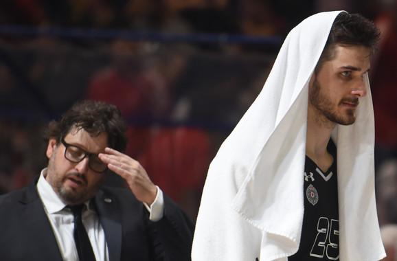 Reakcije Andrea Trinkijerija i Radeta Zagorca dovoljno govori o tome kako su se osećali košarkaši i stručni štab Partizana