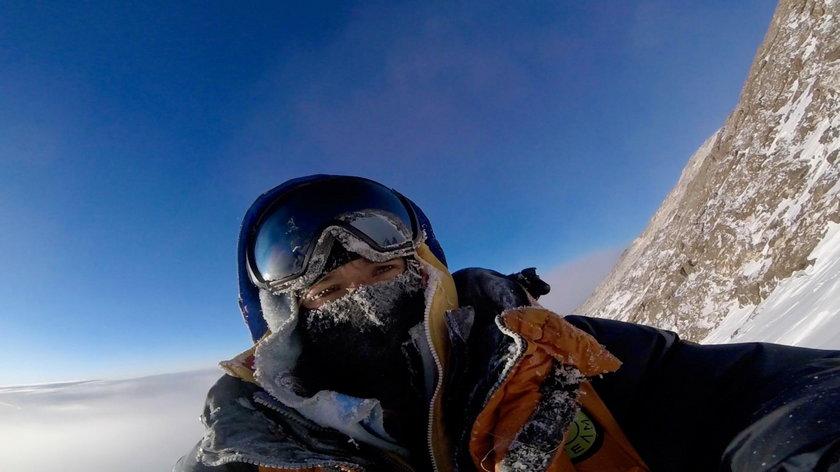 W styczniu 2018 roku cały świat śledził ich dramatyczną walkę o życie pod szczytem Nanga Parbat.