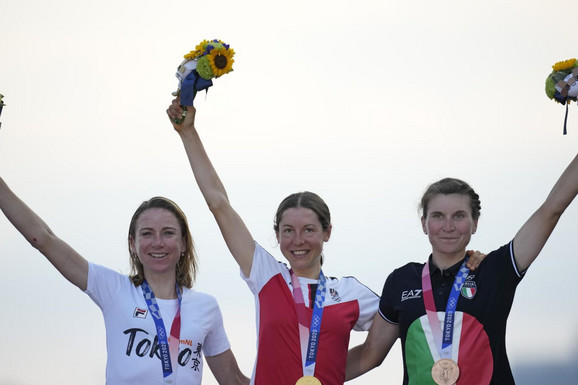 NAJLUĐA TRKA U ISTORIJI! Holanđanka slavila olimpijsko zlato, pa tek onda saznala da je autsajderka odavno prošla kroz cilj