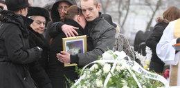 Pożegnanie i pogrzeb małej Dominisi. I rozpacz rodziców