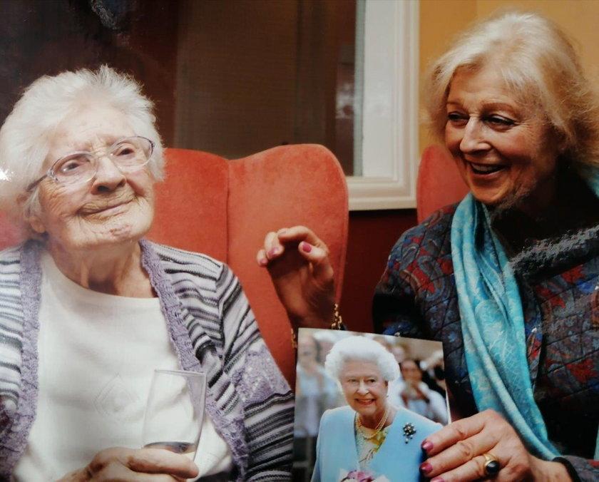 Marjorie Dawson i księżniczka Anna w 2005 roku