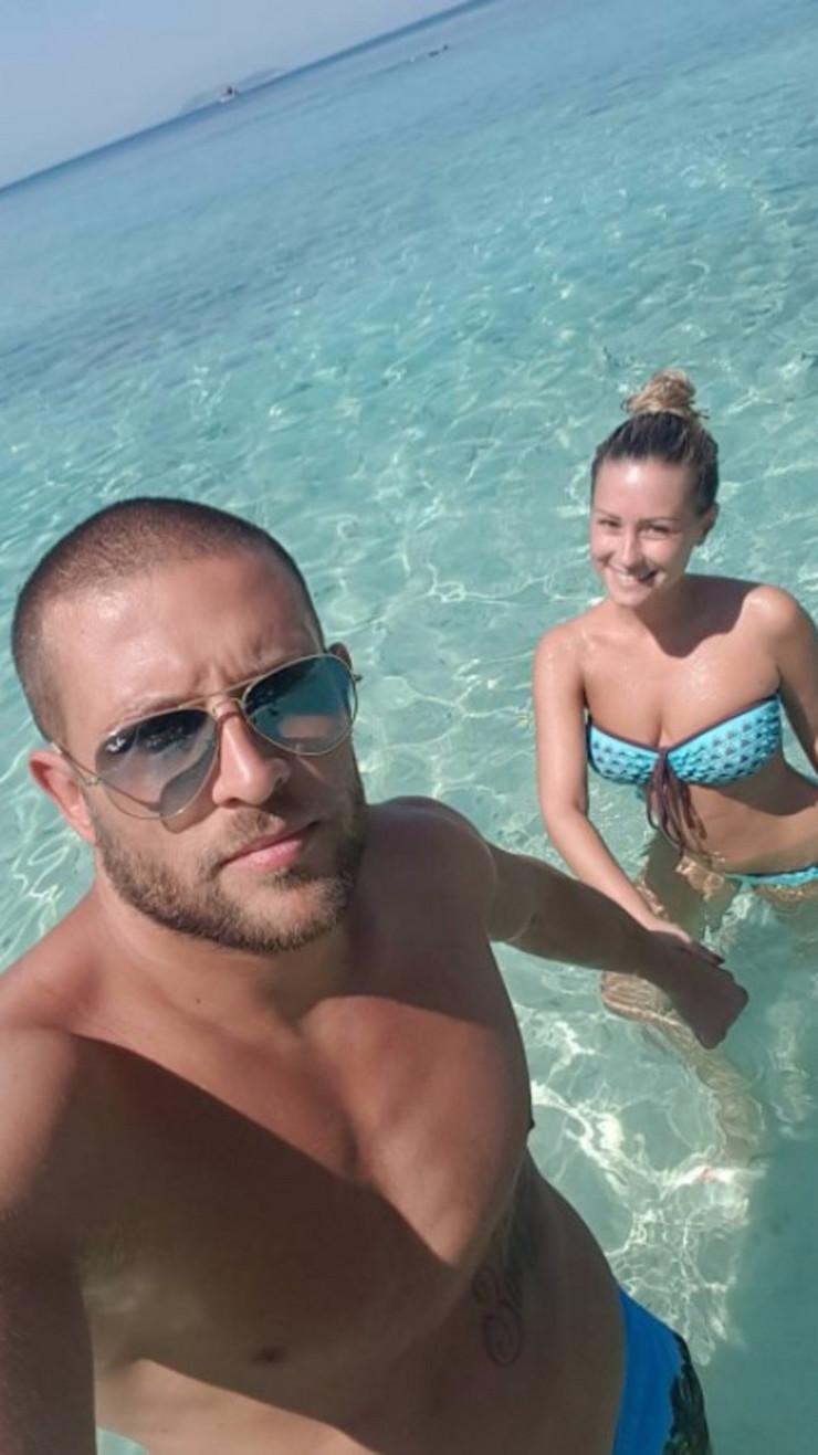 Aleksandra Bursać i dečko