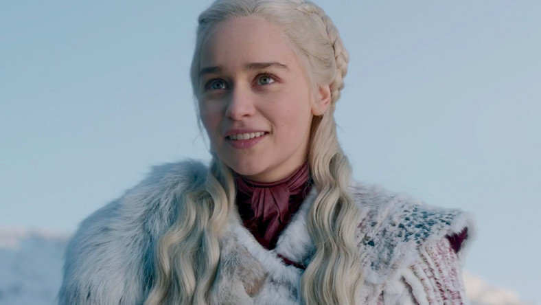Daenerys Targaryen smiling Game of Thrones Season 8 Episode 1 Winterfell details HBO