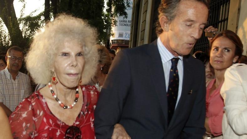 Księżna Cayetana de Alba i jej narzeczony Alfonso Diez.