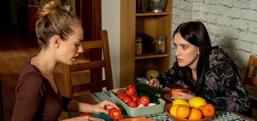 """""""Barwy szczęścia"""" odcinek 2480. Madzia zwierzy się Oliwce z zazdrości o Hanię!"""