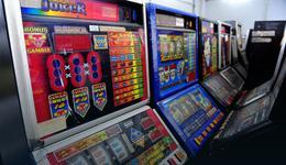 Zatrzymano 24 tys. nielegalnych automatów do gier