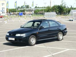 Mitsubishi Carisma - Japończyk tylko z nazwy