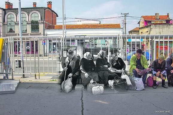 Autobuska stanica u kadru Davorina Dinića