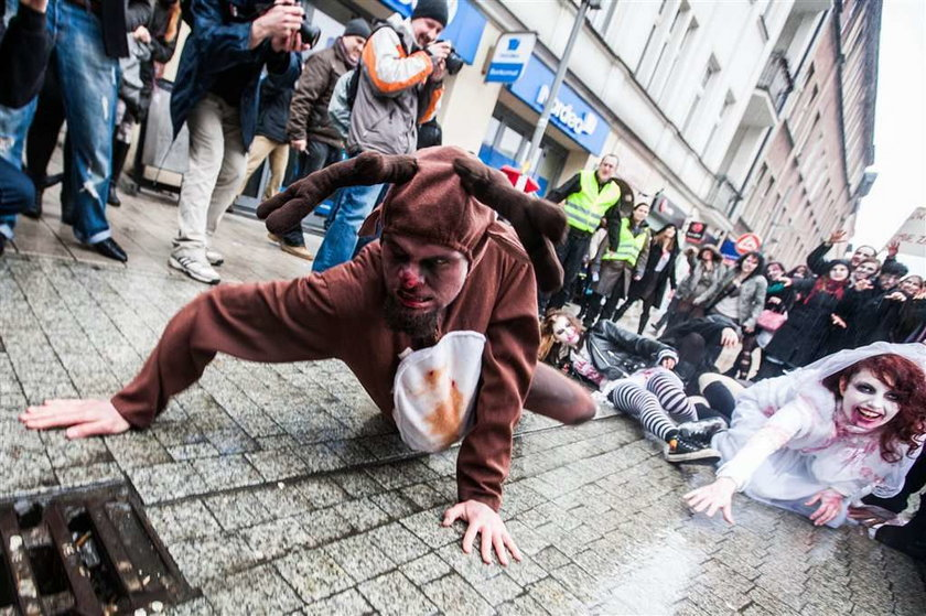 marsz zombie, poznań, walki uliczne