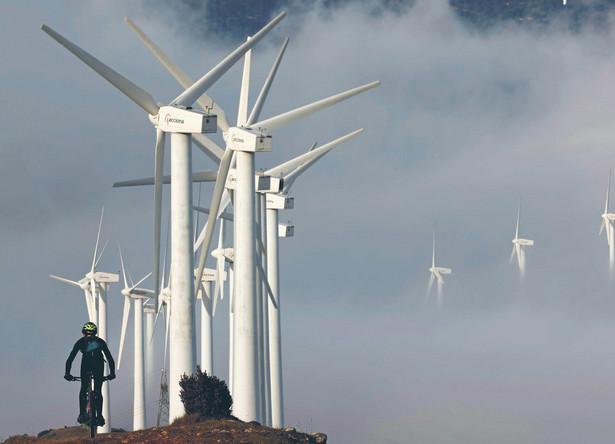 Milion dolarów na inwestycje w energetyce wiatrowej przekłada się na mniej niż dwa nowe miejsca pracy.