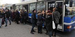 Ścisk i tłok w autobusie na Azory