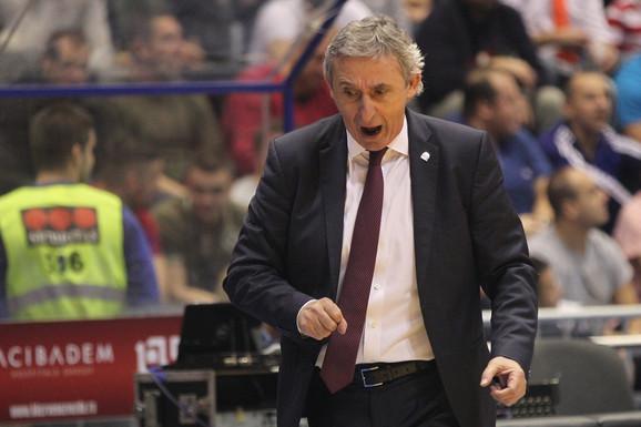 Svetislav Pešić, selektor čuvene generacije koja je 2002. postala prvak sveta u košarci
