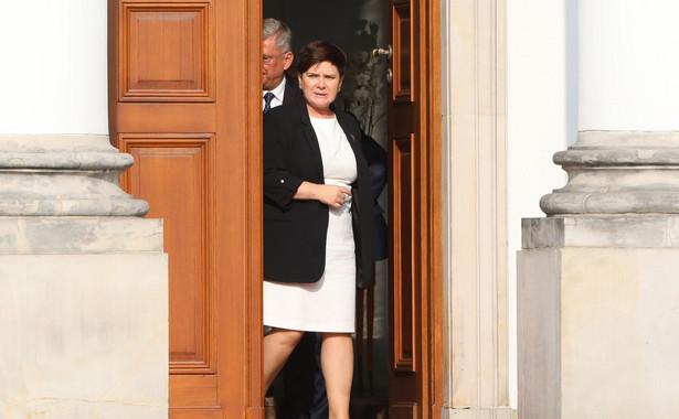 Premier zwracała uwagę, że wielu Polaków zostało skrzywdzonych przez wymiar sprawiedliwości, o czym, jak mówiła, przekonuje się codziennie podczas spotkań z wyborcami