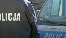 Warszawa: Brutalny napad na taksówkarza. Pasażer pobił go i okradł