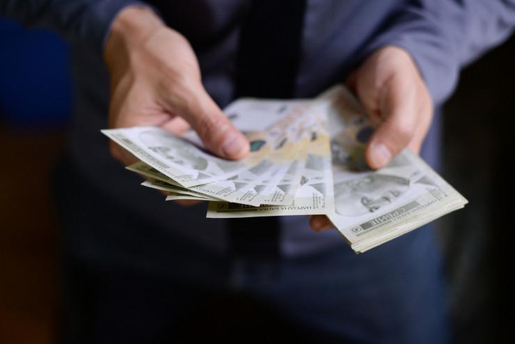 plata, novčanik pare novac dinari