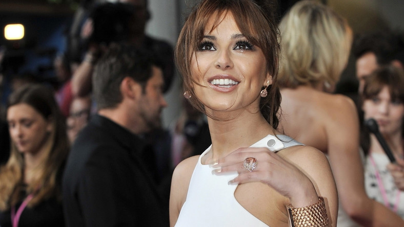 "Cheryl Cole przedstawia ""Love Killer"""
