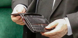 Zobacz, co Kaczyński ma w portfelu. Pokazał go