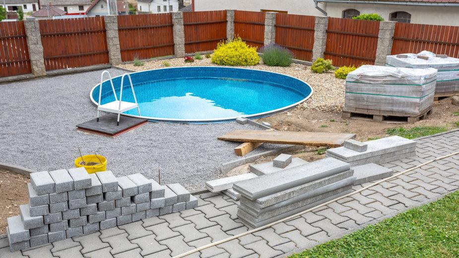 Baseny ogrodowe są coraz bardziej popularne - ArtushFoto/stock.adobe.com