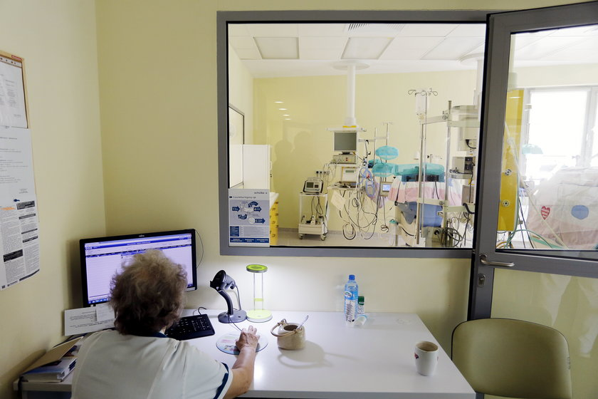 Komputer na oddziale położnym
