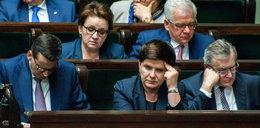 Którzy ministrowie powinni odejść z rządu? Wyniki sondażu