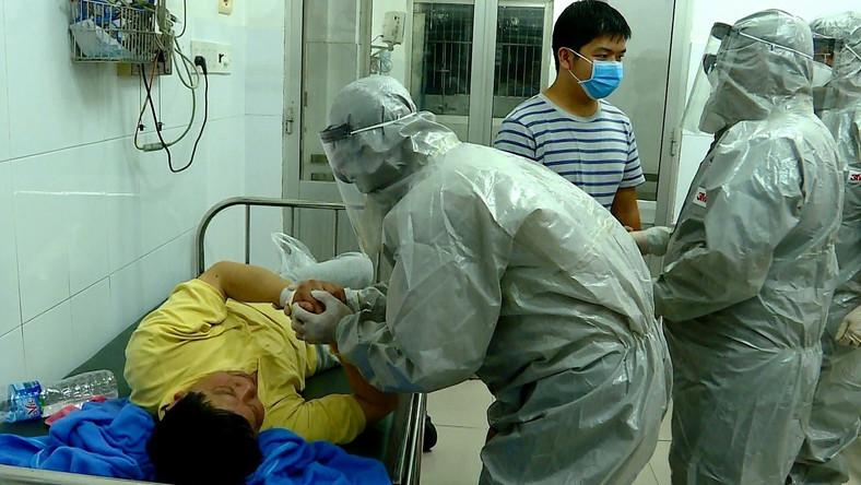 Liczba osób zakażonych wirusem wynosi obecnie 830.