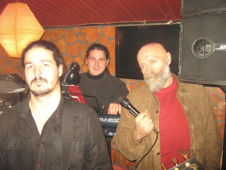 Tomo Marinković sa sinovima