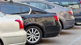 Stare samochody zalewają polski rynek