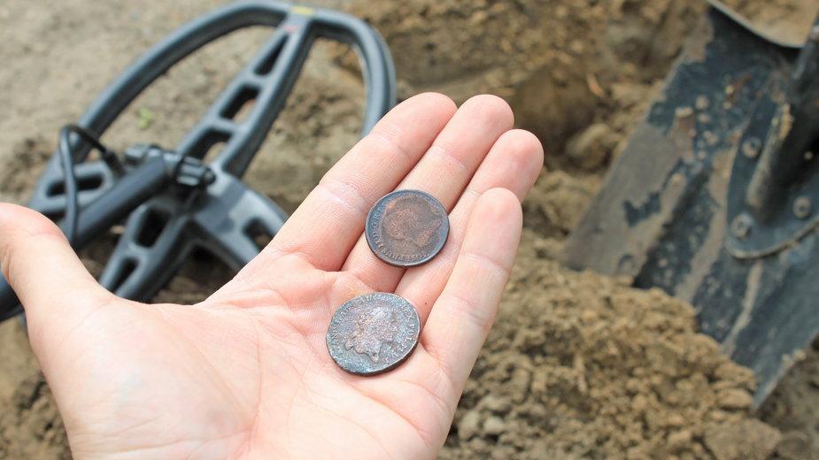 Poszukiwanie skarbów, zabytków, detektoryzm