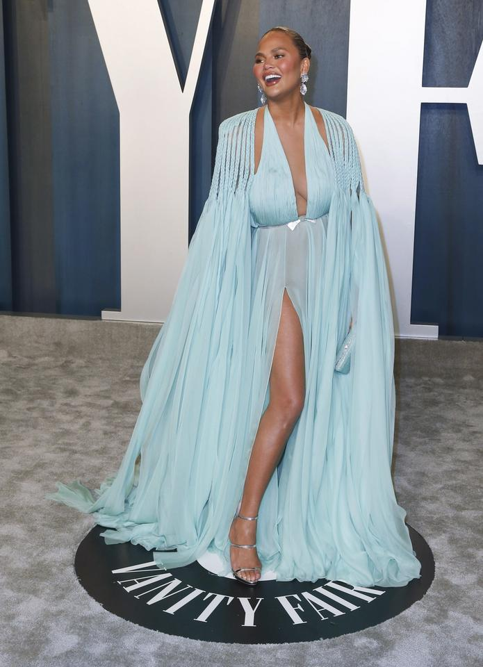 Oscary 2020: Chrissy Teigen na Vanity Fair Oscar Party