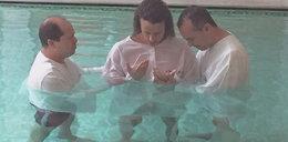 Gwiazdor będzie prawiczkiem aż do ślubu! Przeszedł chrzest!