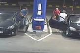 AP_gasenje_cigare_benzinska_pumpa_vesti_blic_safe