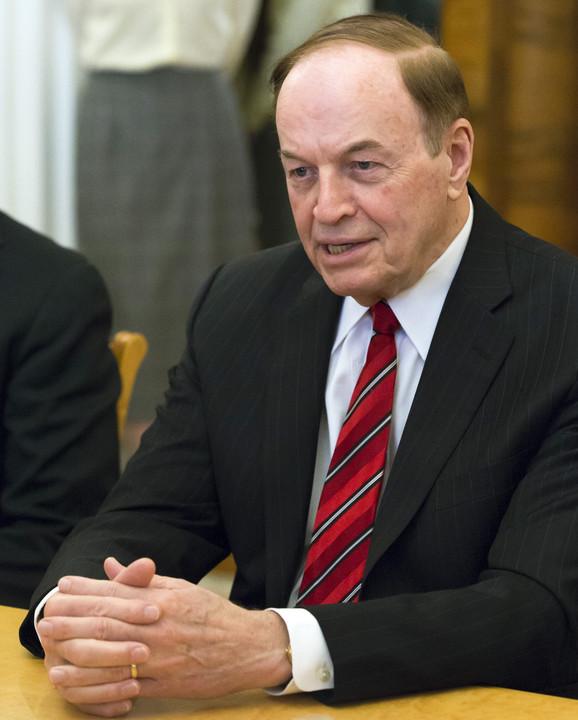 Predsednik generalno otvoren - Ričard Šelbi