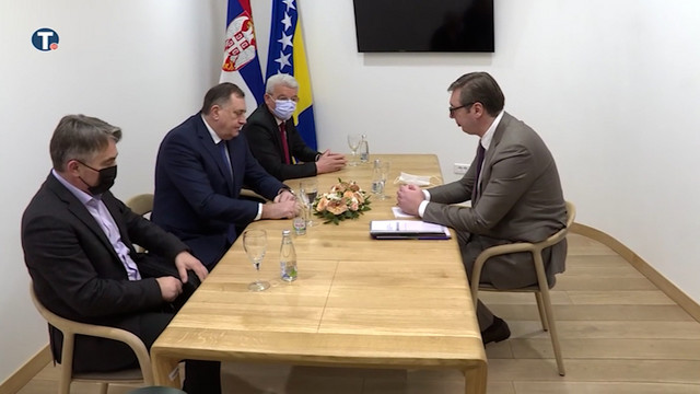 Sastanak Vučića sa članovima Predsedništva BiH u Sarajevu