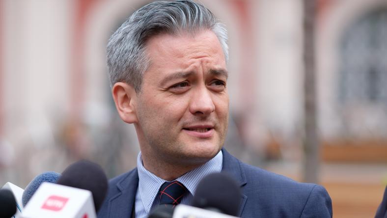 Prezydent Biedroń w ciągu dwóch lat wziął udział w 28 krajowych i 20 zagranicznych delegacjach