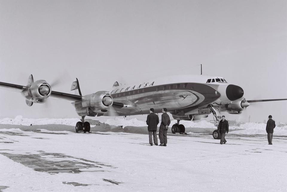 "Lockheed L 1649 A ""Super Star"" - zdjęcie z 1957 roku"