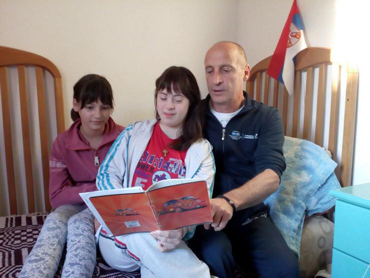Porodica Stošić iz Vranja - Mia koja ima daunov sindrom