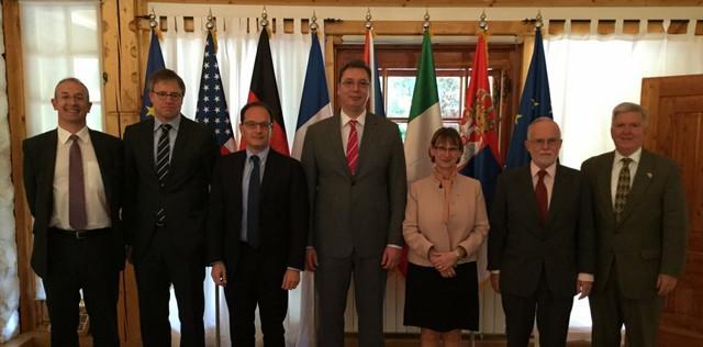 Premijer Srbije sa ambasadorima zemalja Kvinte i šefom delegacije EU u Srbiji