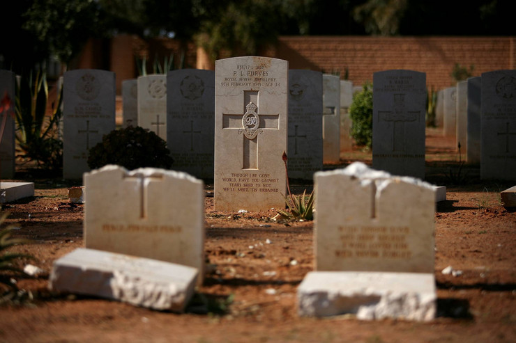 220878_libija-groblje-ostecenja-ap
