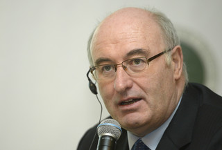 Komisarz UE ds. rolnictwa: Zaproponuję dalsze wsparcie rolników dotkniętych rosyjskim embargiem