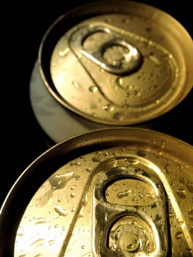 Autorzy poselskiego projektu nowelizacji ustawy o wychowaniu w trzeźwości proponowali, aby 20 proc. opakowania alkoholu zajęły ostrzeżenia w stylu: Alkohol uszkadza płód czy Pijany kierowca może być zabójcą.
