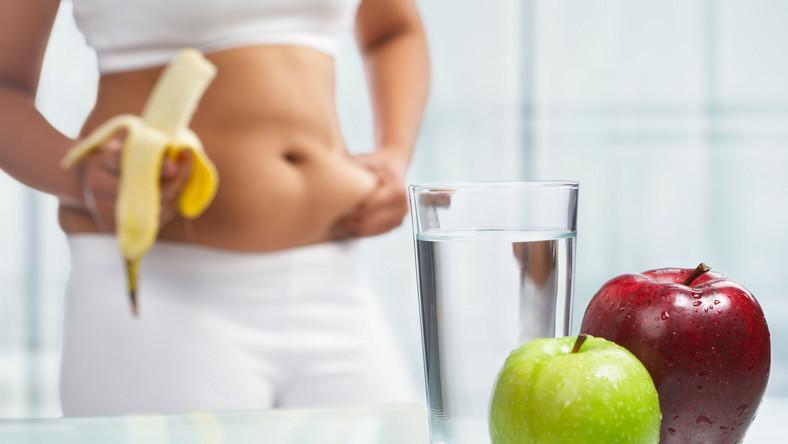 Nie martw się, nie jesteś sama. Z najnowszych badań wynika, że kobiety poświęcają na odchudzanie średnio 17 lat swojego życia i właśnie tyle czasu są na diecie