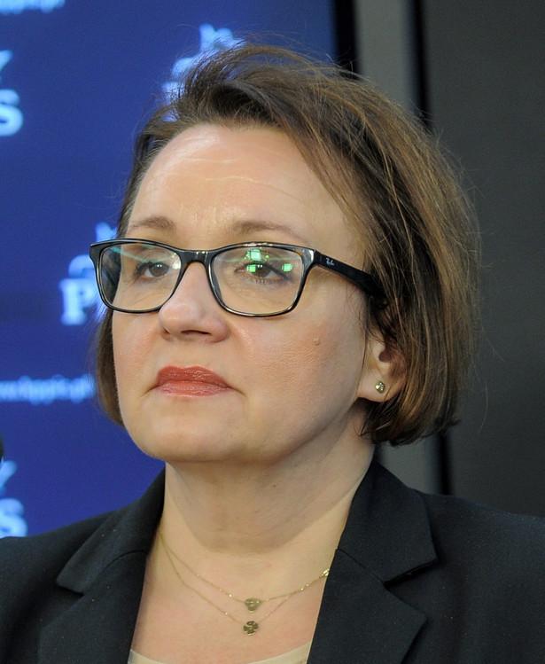 Kandydatka na ministra wyjaśnia, że nastąpi powrót do stanu sprzed reformy