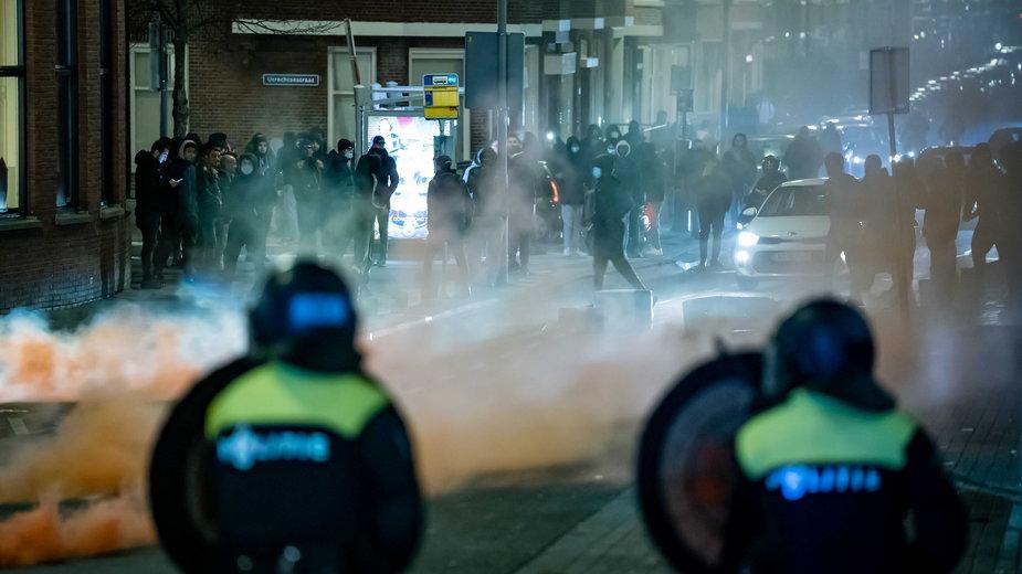 Zamieszki w Rotterdamie