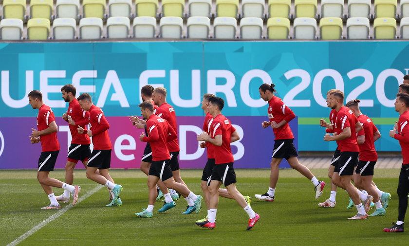Polscy piłkarze przemęczeni? Trener przygotowania fizycznego wyjaśnia