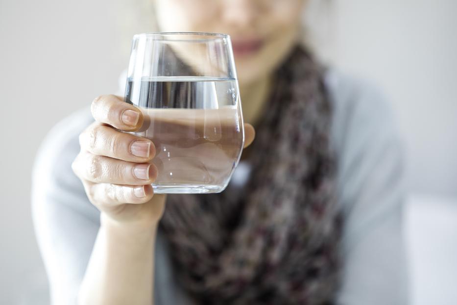 lehetséges-e vizet inni magas vérnyomás esetén magas vérnyomás 2 fok hsn mi ez